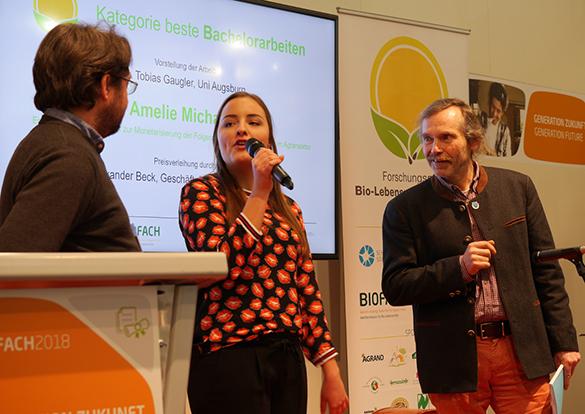 Bei der Preisverleihung: Dr.Tobias Gaugler, Amelie Michalke, Dr. Alexander Beck (v.l.n.r.), Foto: Dr. Karl Kempkens, LWK NRW